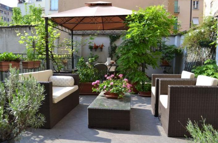 Arredare outdoor 2017 stile e tendenze di primavera per giardini e balconi goldenattico - Arredare balconi e terrazzi ...