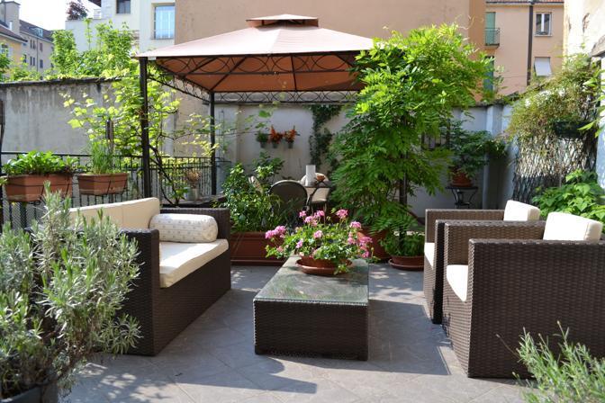 Emejing arredi per terrazze contemporary design trends for Arredi terrazzi design